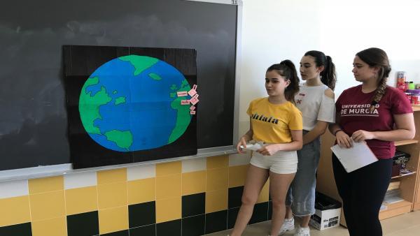 Alumnos del IES La Florida de Las Torres de Cotillas que han participado en el proyecto 'La medida de la tierra'