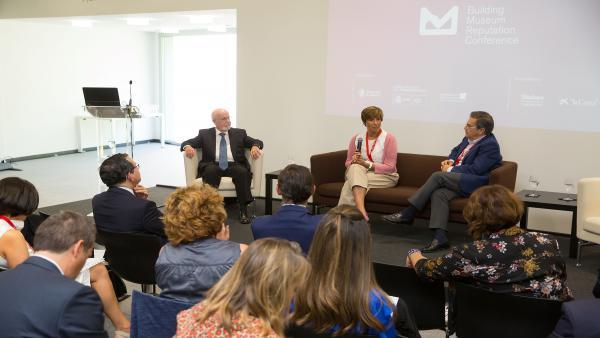 Ángel Alloza, CEO de Corporate Excellence; Marina Chinchilla, directora adjunta de Administración del Museo Nacional del Prado y Juan Manuel Mora, vicerrector de Comunicación de la Universidad de Navarra