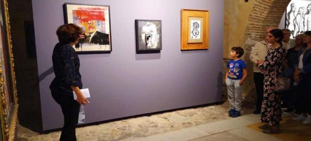 Nuria Flores en la inauguración de la exposición