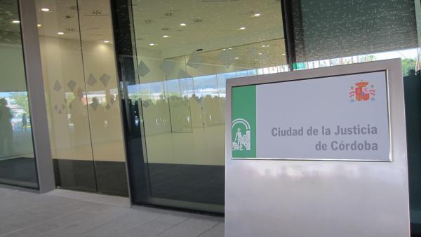 Córdoba.-Tribunales.-Piden seis años de cárcel para el alcalde de Nueva Carteya