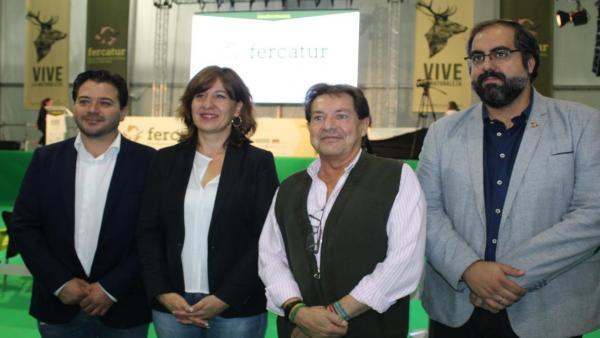 La consejera de Igualdad y portavoz del Gobierno de C-LM, Blanca Fernández, en Fercatur