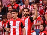 Raúl García celebra su gol con el Athletic al Alavés