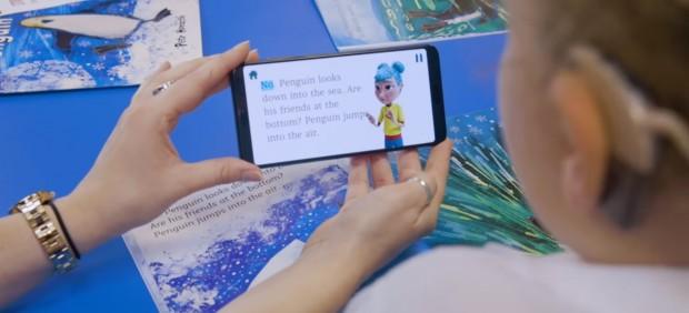 StorySign, la aplicación de Huawei para facilitar la lectura a los niños sordos