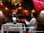 Manuel le pide matrimonio a Joana, en 'First dates'.