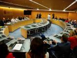 La ministra de Turismo en funciones, Reyes Maroto, se reúne con los representantes del ramo de Canarias, Baleares, Comunidad Valenciana, Cataluña y Andalucía