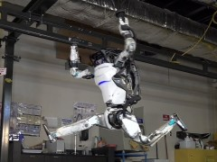 Atlas, el robot humanoide de Boston Dynamics que hace parkour
