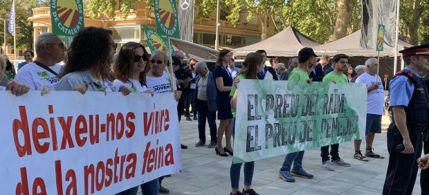 Protestas de agricultores en la Fira Sant Miquel de Lleida