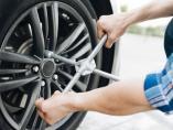 Si cambio solo dos ruedas, ¿las coloco delante o detrás?
