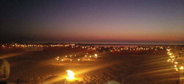 Vigilia de oración por los inmigrantes en la playa de Los Lances