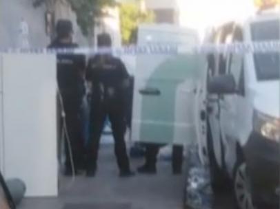 El rottweiler que mató a su dueño atacó cuando el hombre golpeaba la espalda de su esposa por un ataque de tos