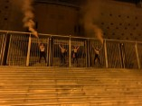 Las cuatro activistas de Femen encadenadas