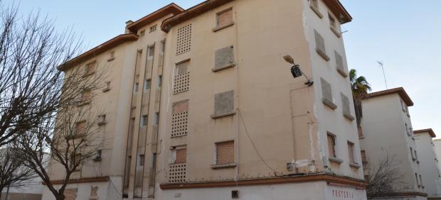 Viviendas públicas de la Junta que serán demolidas proximamente en el Cerro del Moro. Viviendas abandonadas.