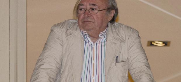 El periodista José Oneto en una foto de la Semana Santa de 2016 en Málaga.