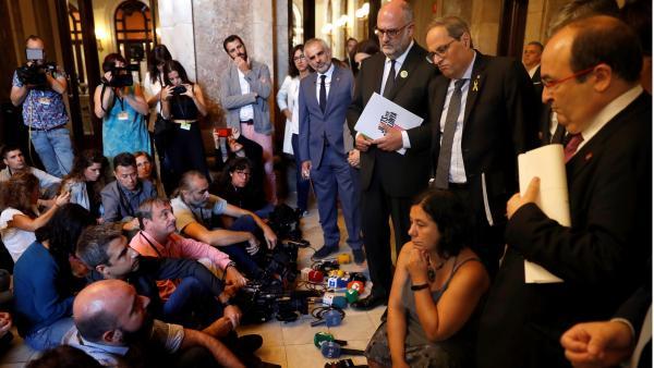 Sentada de periodistas ante Quim Torra