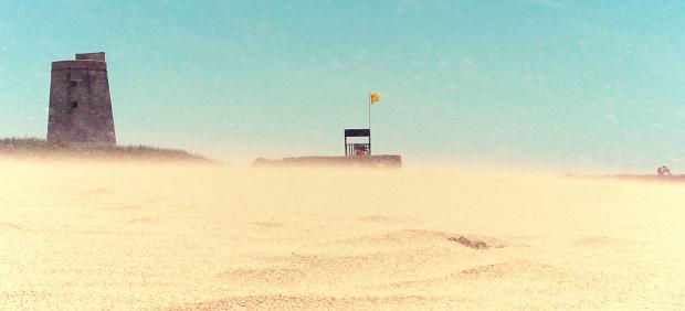Viento de levante en la playa de El Palmar