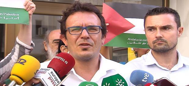 El alcalde de Cádiz hace declaraciones a la salida del juzgado