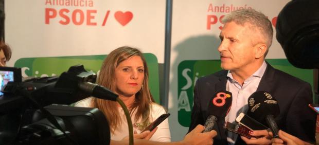 Marlaska con Irene García en un acto en Chiclana