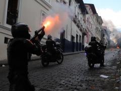 Batalla en el centro de Quito