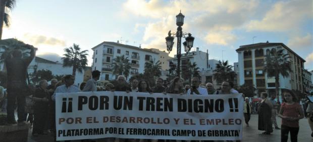 Manifestaciónn por un tren digno de la Plataforma de Ferrocarril en Algeciras