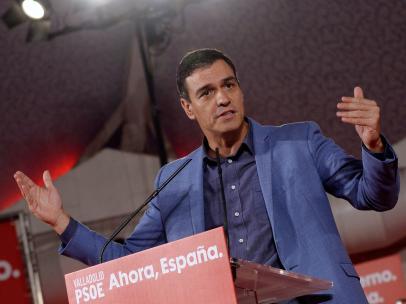 El secretario general del PSOE y presidente del Gobierno en funciones, Pedro Sánchez, en un mitin en Valladolid