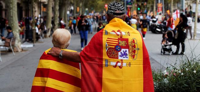 Una de las imágenes que ha dejado la manifestación en Barcelona por el 12 de octubre.