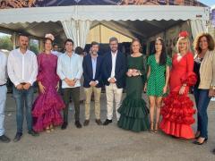 Visita de miembros de Cs a la Feria de Jaén.