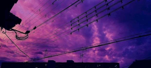 Cielo morado de Tokio antes de la llegada del tifón Hagibis