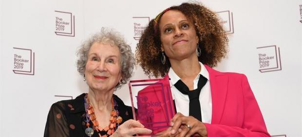 Margaret Atwood y Bernardine Evaristo