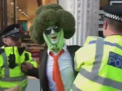 'El hombre brócoli' es arrestado en Londres