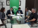 Firma del acuerdo entre las delegaciones de Educación y Empleo