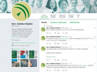 Algunos de los mensajes que han aparecido en la cuenta oficial de Twitter del Servicio Andaluz de Empleo tras su hackeo.