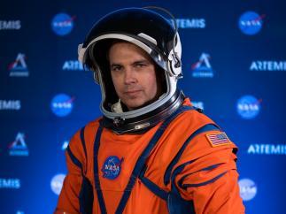 Así son los nuevos trajes de la NASA para ir a la Luna