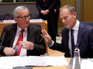 El presidente de la Comisión Europea, Jean-Claude Juncker, y el del Consejo Europeo, Donald Tusk