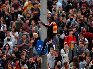 Una parte de los concentrados en la Gran Vía de Barcelona