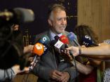 Presidente de Canarias, Ángel Víctor Torres, atiende a los medios de comunicación