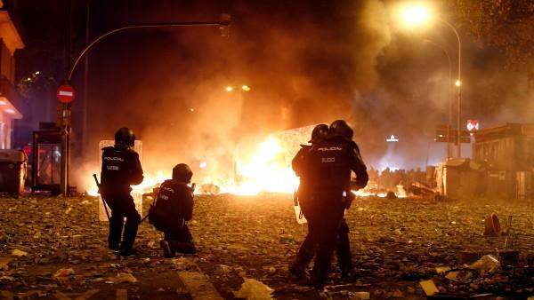 Los WhatsApps de los agentes en los disturbios