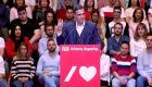 Sánchez insta a Torra a hablar con los catalanes no independentistas